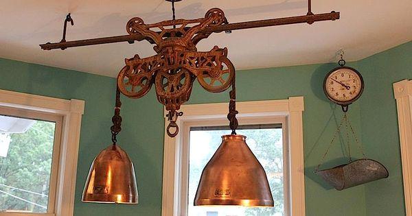 Hay trolley chandelier deco poleas pinterest polea for Polea para subir muebles