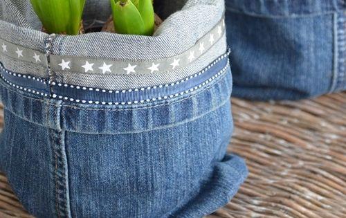 supers e idee blumentopf selber machen aus alten jeans. Black Bedroom Furniture Sets. Home Design Ideas