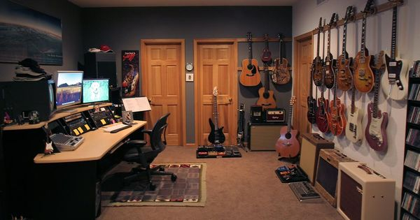 OOh yeah. This is my kind of man cave. I could spend
