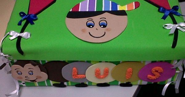 Cajita De Carton Decorada En Foami Pesquisa Google Toy Chest Decor Toys