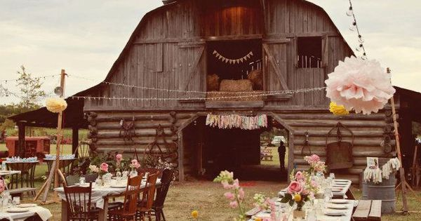 Outside barn wedding reception! wedding barn reception lovely