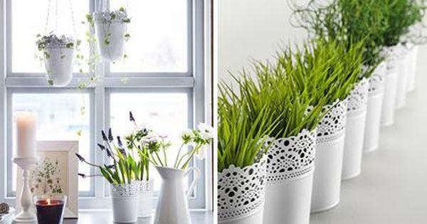 Harmonische fensterdeko ein stilvoller mix aus vasen for Ikea deko vasen