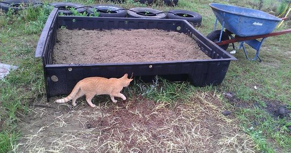 Repurposed truck bed liner for Hydroponic bed liner