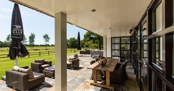 Vrij uitzicht van het terras rietgedekte villa te laren pinterest villa 39 s for Overdekt terras model