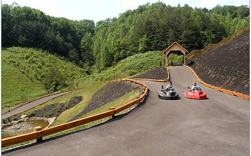 Cabin rental near Pigeon Forge Tennessee that includes a go-kart track on