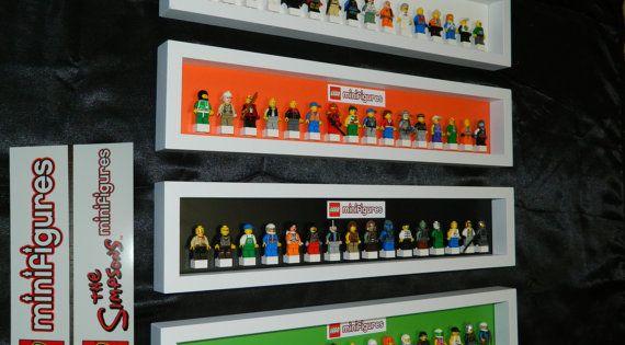 La main pr sentoir pour figurine lego s rie par for Chambre lego