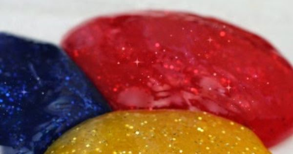 How to make sparkly slime - our favorite two ingredient base recipe