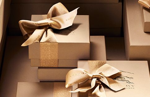 festive gifts from Burberry - tone on tone gold with contrast finish,