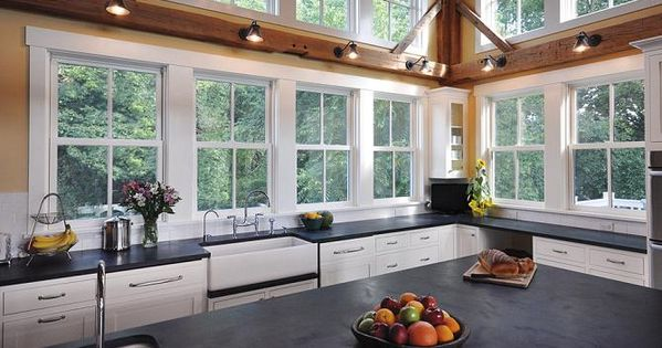 Kitchens without upper cabinets homeowner guide for Kitchen remodeling lincoln ne