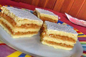 Bucataras prajitura cu mere si budinca