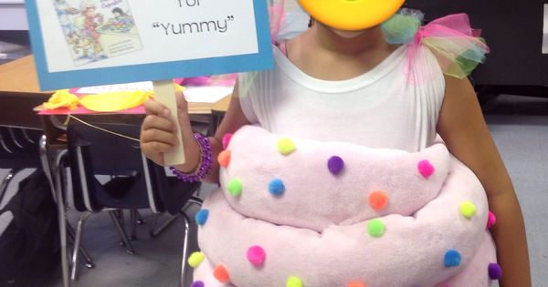 """Vocabulary Parade - """"Delectable"""" - Cupcake Costume 