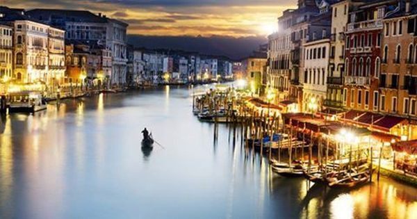 The World On Twitter Places Worth Visiting Italy Sunset Venice City