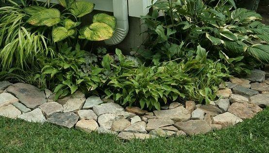 Great idea for edging around foundation unique garden for Unusual garden edging ideas