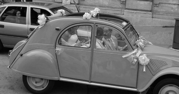 French Wedding 2cv Style Car Humor Style French Wedding