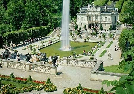 Amazing Place Ich War Im Verschneiten Winter Dort Schloss Linderhof In Bayern Deutschland Alemanha I Vores Blog Linderhof Palace Germany Castles Bavaria