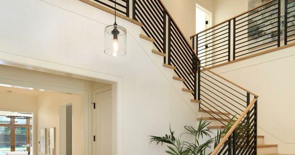 escalier int rieur quelques id es d 39 clairage moderne clairage moderne escaliers et int rieur. Black Bedroom Furniture Sets. Home Design Ideas