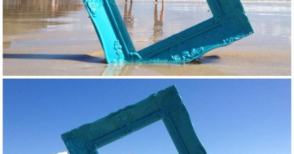 Photo frame beach photography idea, cute idea!