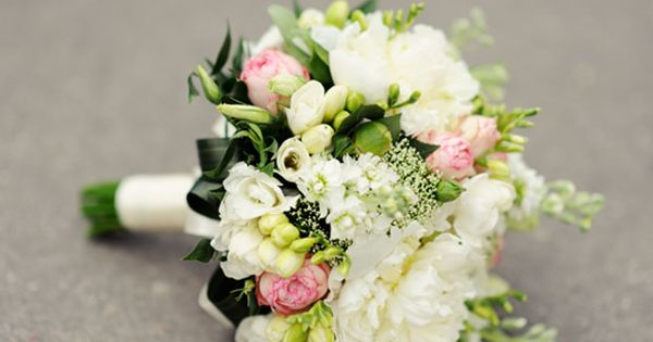 Wedding bouquets, wedding bouquets white, bridal bouquet, bridal bouquet white Dallas wedding WeddingWishes.com
