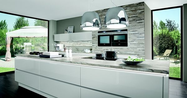 nobilia gl nzende perspektiven k che lux 819 lack. Black Bedroom Furniture Sets. Home Design Ideas