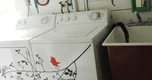 Wonderful idea for the blank space on your washer & dryer. I
