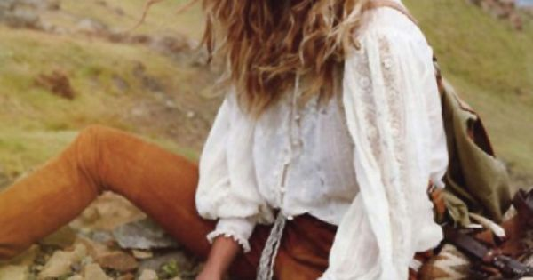 Perfect boho. Great Hair. Gisele Bundchen | Photography by Inez & Vinoodh