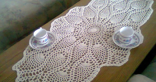 Oval pineapple doily crochet home decor patterns pinterest crochet Crochet home decor pinterest