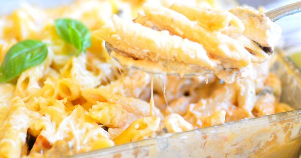 Mac, Mac and cheese casserole and Cheese on Pinterest
