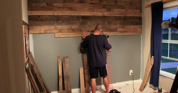 Gorgeous pallet wood wall with detailed instructions on how they did it.