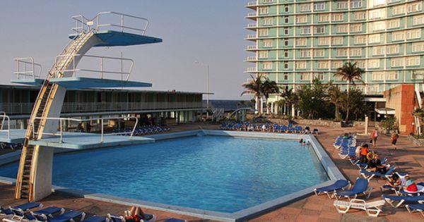 Hotel riviera piscine 2 hotel riviera la habana for Piscine ibiza riviera 2