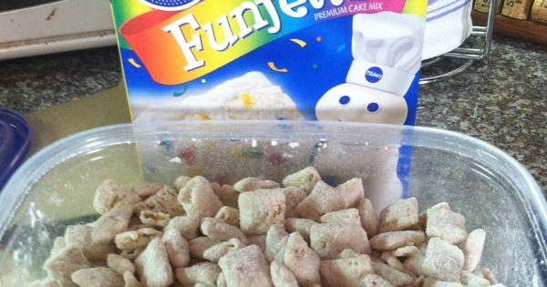Cake Batter Puppy Chow! I love Muddy Buddies!