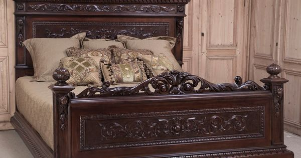 Antique Italian Renaissance Walnut King Bed Antique Bed Inessa Stewart 39 S Antiques Pinteres