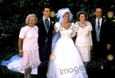 June 9 1990 Newlyweds Andrew Cuomo And Kerry Kennedy Are Flanked By Their Parents Ethel Skakel Kennedy Left Ethel Kennedy Kennedy Celebrity Wedding Photos