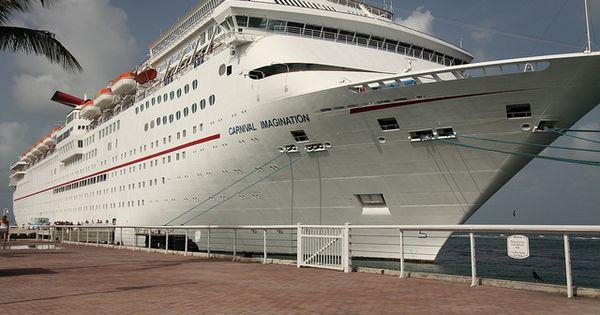 Cruise for Gold - by MonaVie Social Media, via Flickr - I