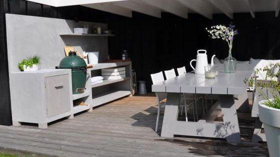 Prachtige veranda met buitenkeuken tafel van maek meubels lifs outside living pinterest for Buiten patio model