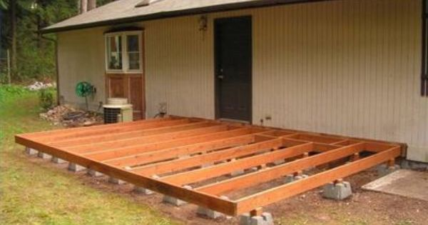 How to build a deck using deck blocks terrasses et for How to build a cheap floating deck