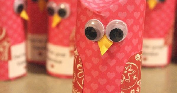 Toilet paper tube owl - Valentine's Day craft idea