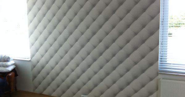 Complete Slaapkamer Steigerhout : Slaapkamer behangen achter bed ...