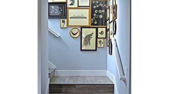 Cage d 39 escalier 20 id es d co pour un bel escalier escaliers en bois bleu pastel et les - Amenager une cage d escalier ...