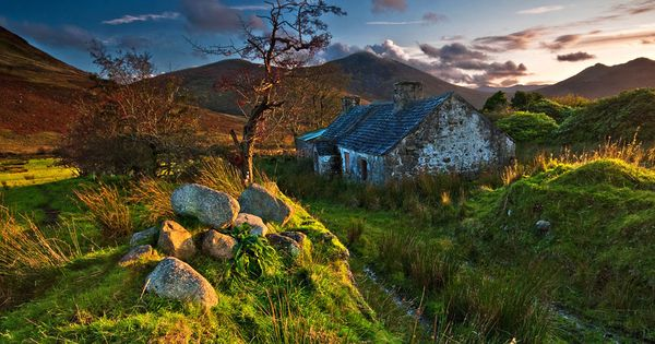 Very Old Cottage In The Mourne Mountains Ancient Ireland Mountain Photography Irish Landscape