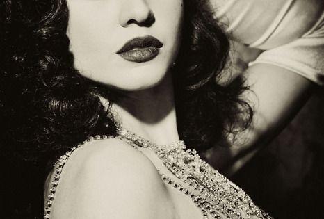 The sparkle... HollywoodGlamour