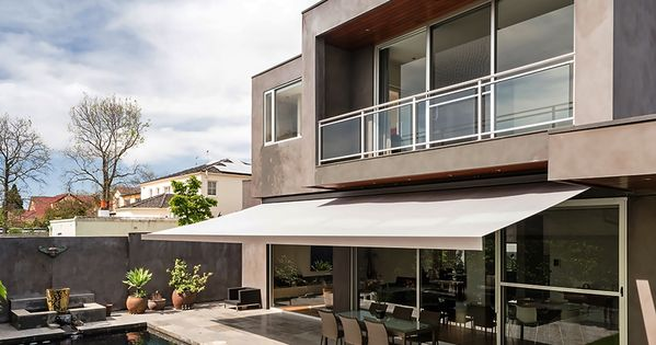 Balcon exterior jardin piscina porche terraza - Sillas de porche ...