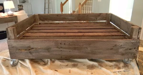 Pallet dog bed- Good tute! Recipe for finish also