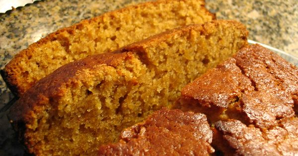 SUPER Moist Pumpkin Bread | Would've made this recipe but I didn't