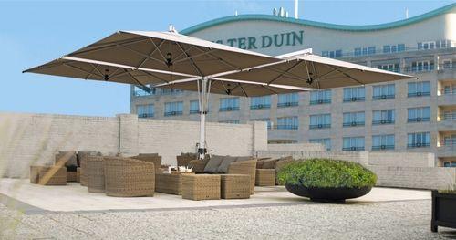 quadruple parasol d port usage professionnel quattro. Black Bedroom Furniture Sets. Home Design Ideas