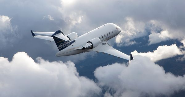 Challenger 650 Exterior Private Jets