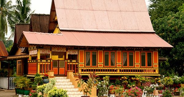 kuala kangsar asian singles Location kuala kangsar is the royal town of perak which is peaceful and well taken care of it is comfortably located at a crook of perak river.