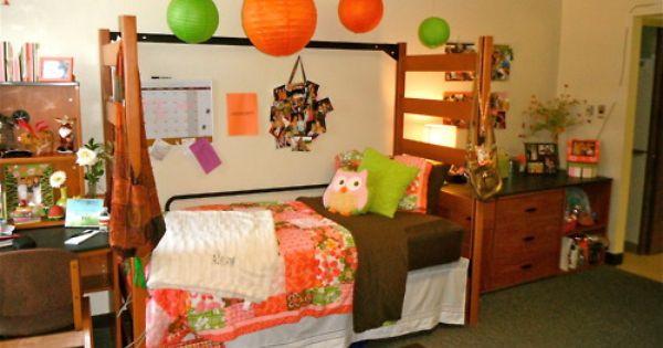 College Decor 101 Her Campus Uga S Guide To Athens Dorm Design
