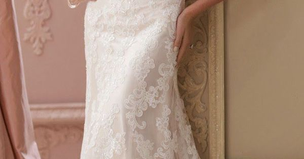 gorgeous vintage lace wedding dresses with pearls. So beautiful!