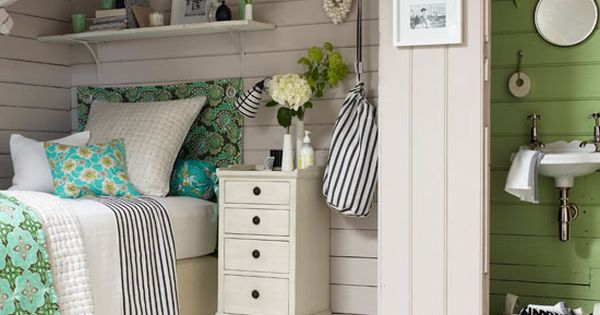 small space, cottage cozy, wonderful color combination of aqua, green, grey and