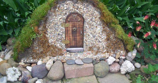 gweniviere gail fairy garden furniture  Found on flowergardengirl.wordpress.com  G ...